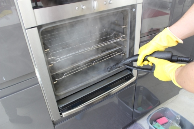 Kitchen-Cleaning-London